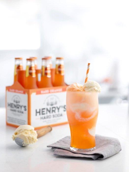 Henry's Sweet Treat orange cream soda ice cream float