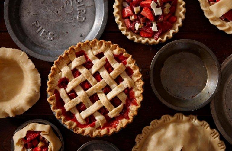 Strawberry rhubarb pies