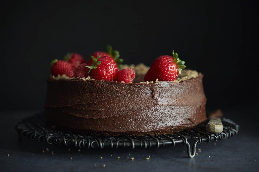 Strawberry dark chocolate cake