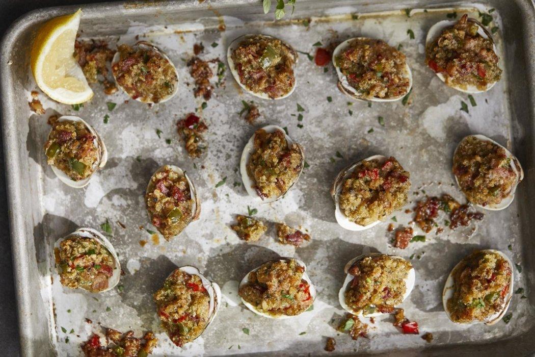 Stuffed seafood in shells