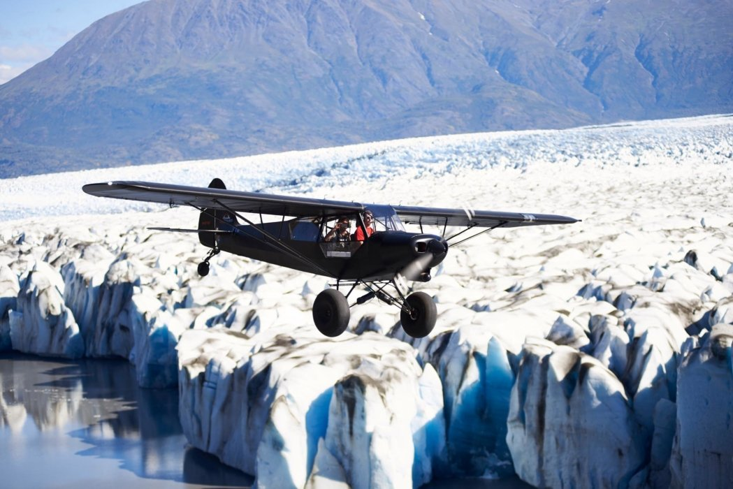 Travel photo a plane over ice
