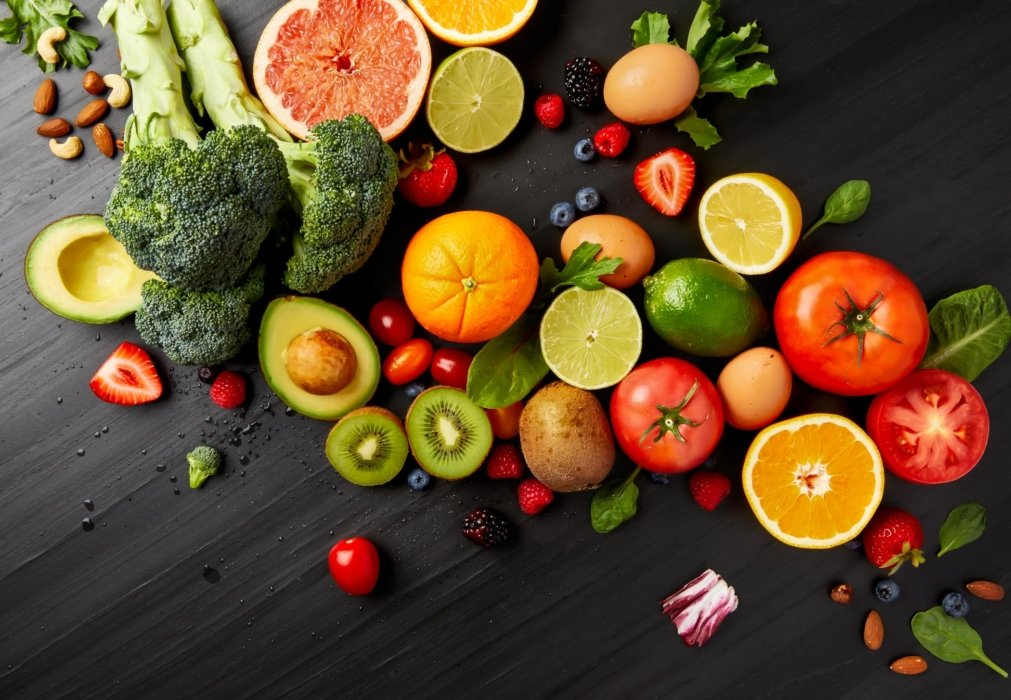 Raw sliced and cut fresh fruits and vegetables
