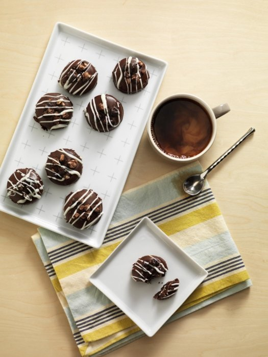 Chocolate cookies with coffee