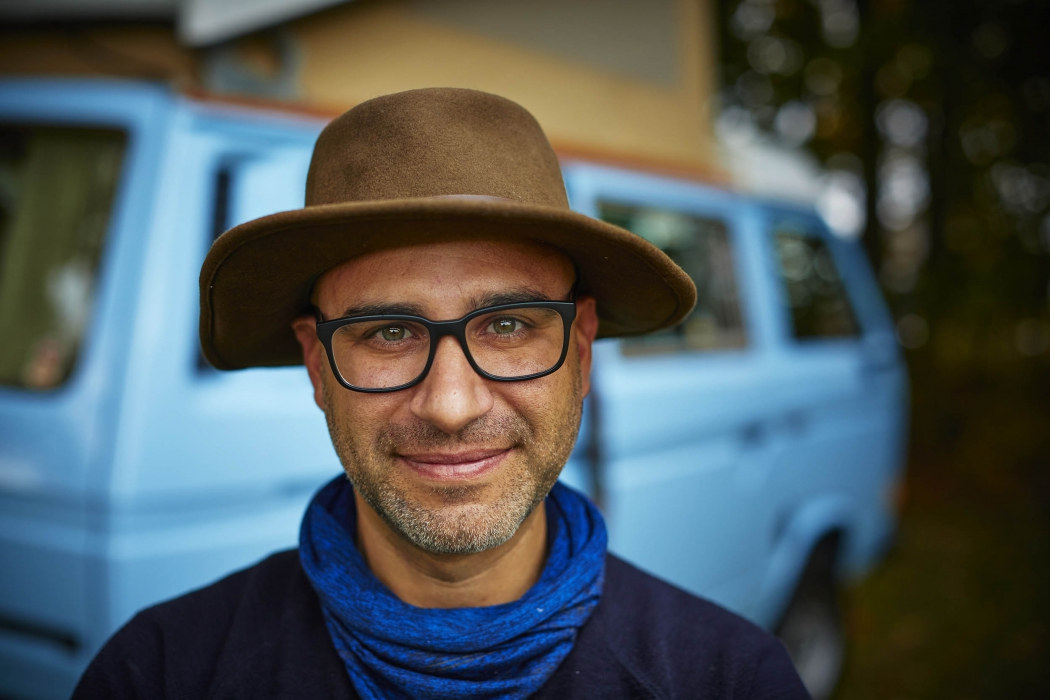 Portrait of a man with a hipster van - lifestyle portrait photography
