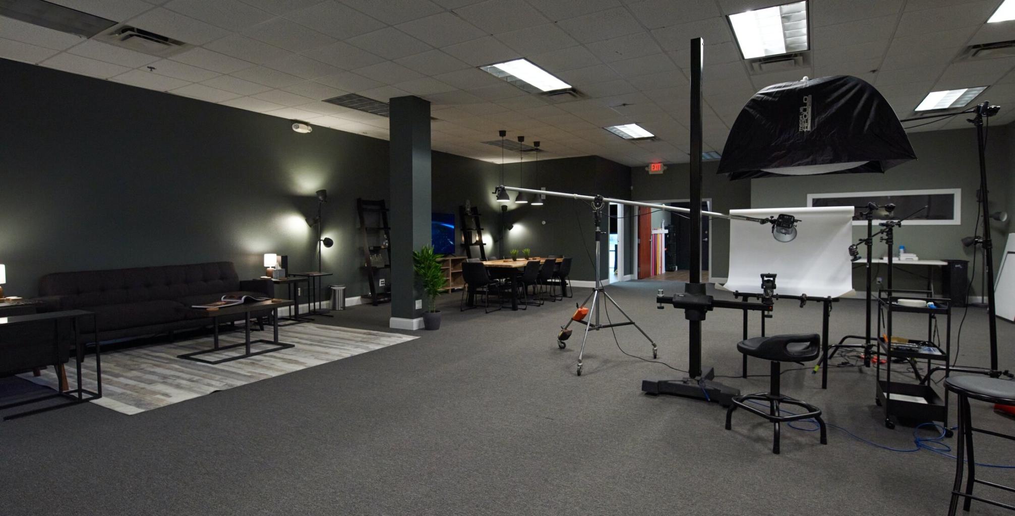 Orlando OMS Photo studio 1