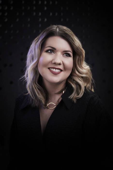 Portrait of a woman on a modern dark background - portrait photography