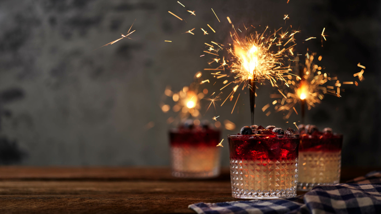 Drink photography -cocktail photo-red white and night with blueberries - with sparklers 1