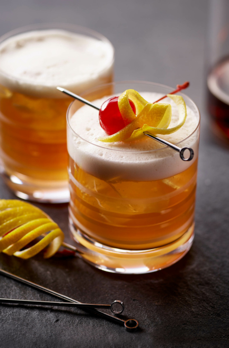Drink photography, cocktails, Amaretto Sour, Ingredients 3