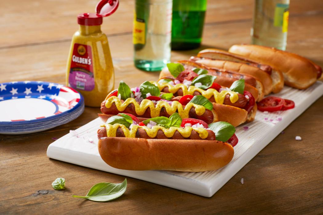Food photography - Dinner, hotdogs, picnic setting, mustard 1
